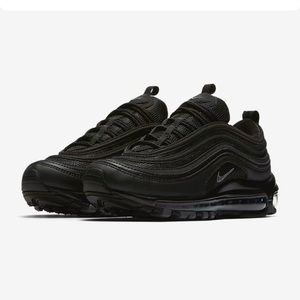 Nike AIR MAX 97 sz6y for big kids (7.5 for women)